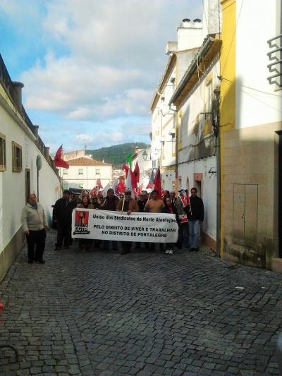 Marcha de protesto em Portalegre - foto de Paulo Cardoso